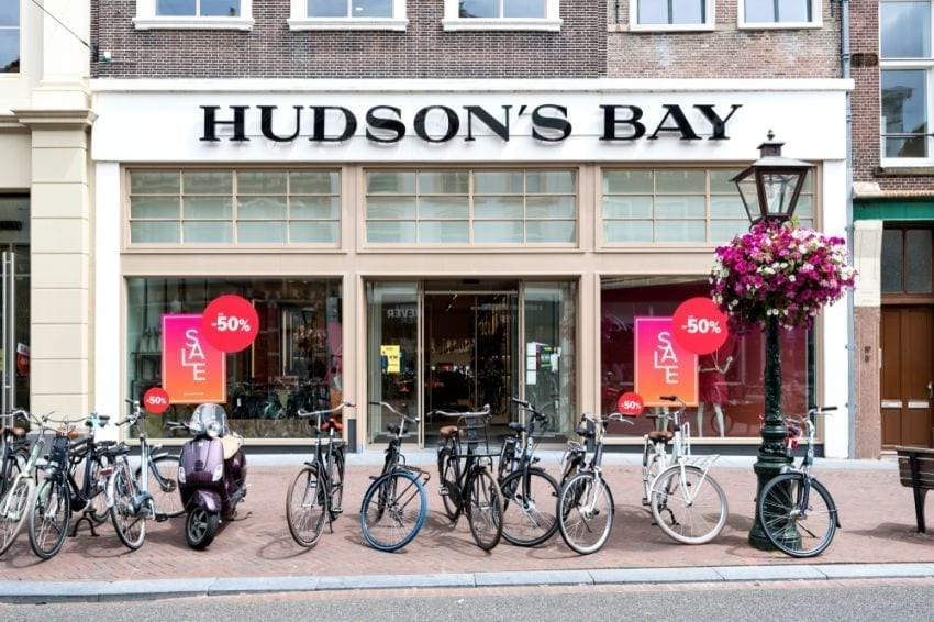 Hudson & #039; s Bay department store formula